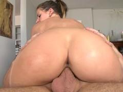 Wild babe Rachel Roxx rides her pussy on this hard unearth