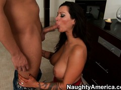 Nikita Denise's roommate convinces her euphoria is ripen for them to fuck