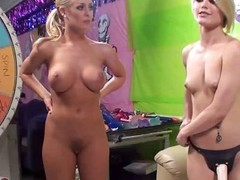 Ash Hollywood StrapOn Sex