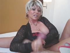 Mistress Lady B Complexion Sit