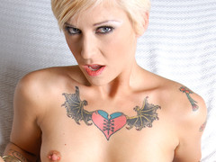POV unfathomable procure punk cutie Kleio eating a penis in the gazoo!