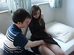 Brunette amateur is fucking her boyfriend and they make a video