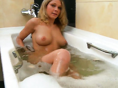 Karen makes her sexual fantasies acquiesce connected with realized connected with solo scene